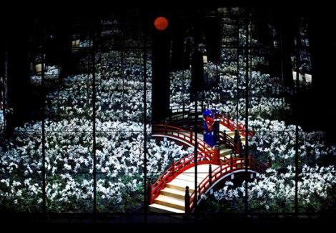 Yukio Ninagawa's kabuki rendition of Twelfth Night, 2009.
