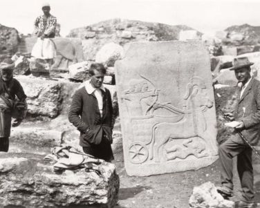 Leonard Woolley, at right, and Sir T.E. Lawrence, at left, excavating on the Ur site.