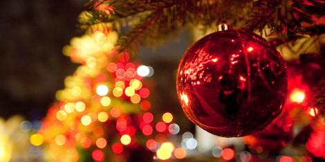 o-CHRISTMAS-LIGHTS-facebook